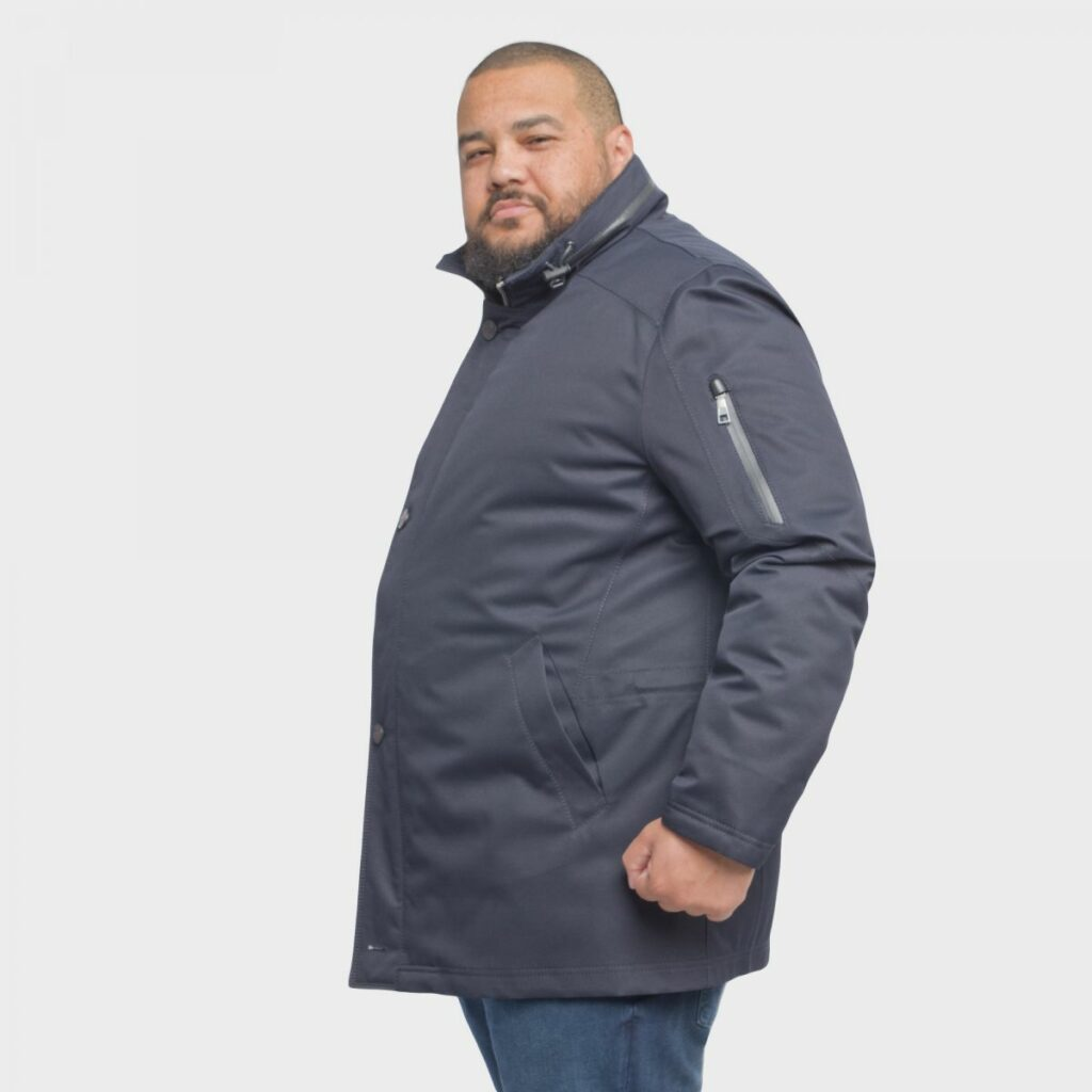 porter un trench-coat quand on est un homme grand